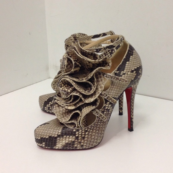 5863de174f8 Christian Louboutin Shoes