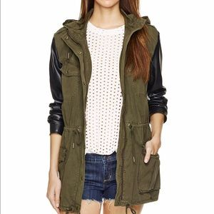 Aritzia Jackets & Blazers - For Jenn :: Aritzia Talula Trooper Jacket