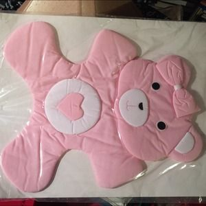 Other - Cloth wall art - pink bear
