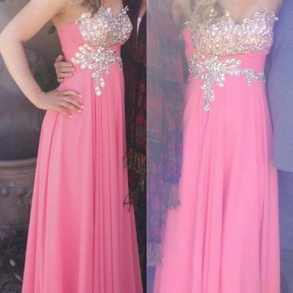 Cinderella Closet Prom Dresses - Plus Size Prom Dresses