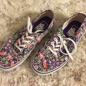 Vans Shoes - Vans Classics