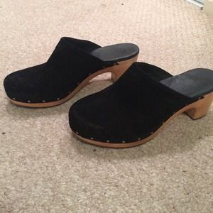 Brand new authentic UGG clogs