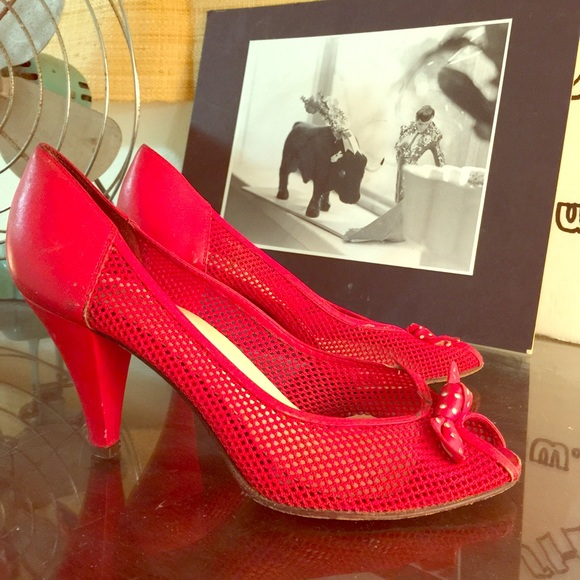 88 Off Nine West Shoes Sxy Vintage Red 80s Net Peep Toe Bow Heels Shoes From Peacock S Closet