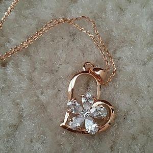 Jewelry - 😍LAST ONE😍Flower CZ heart necklace