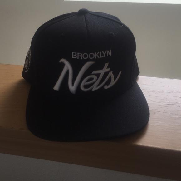 a449354443b Mitchell   Ness Brooklyn Nets Snapback. M 54d65c114127d015bd011250
