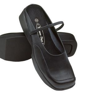 Shoes - Comfortable Black Leather Work Shoes - Mary Jane's