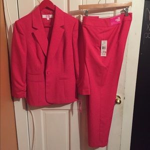 jcpenney Other - Bold Pink Suit NWT
