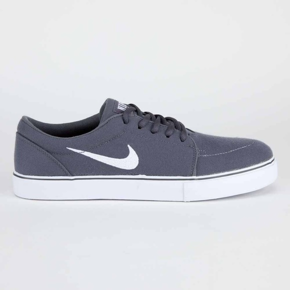 43 nike other mens nike sb satire canvas sneakers