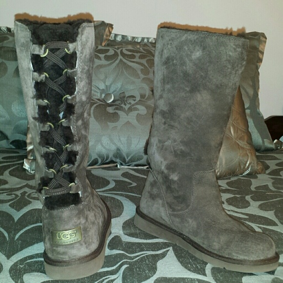 VALENTINES DAY SALE Ugg Roseberry Chocolate Boots