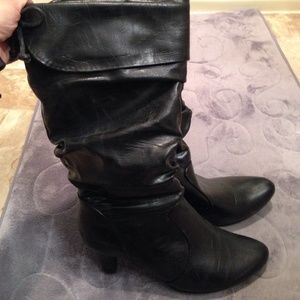 Shoes - Black boots with bow tie on back