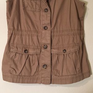 Old Navy Jackets & Coats - Old Navy Khaki Cargo Vest, Size S