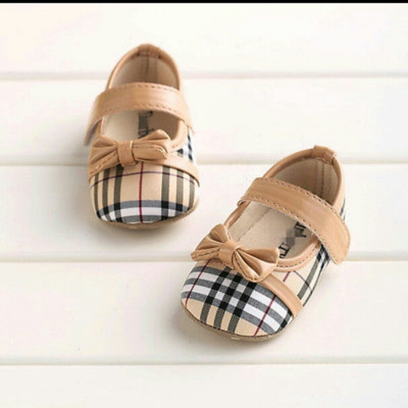 Burberry Shoes Ladies