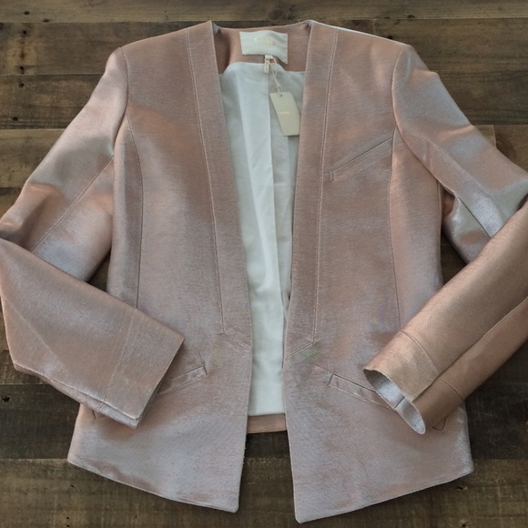 🌿V🌿 Maje NWT blush pink blazer / jacket