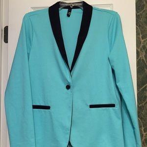 Jackets & Coats - Cute Lightweight Blazer!!