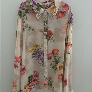 Tops - Forever 21 floral button up blouse