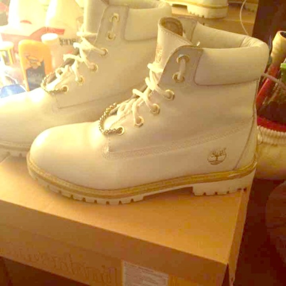 White and Gold Timbs