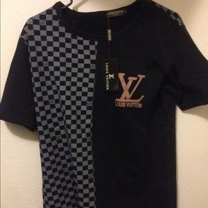 louis vuitton t shirt authentic. Black Bedroom Furniture Sets. Home Design Ideas