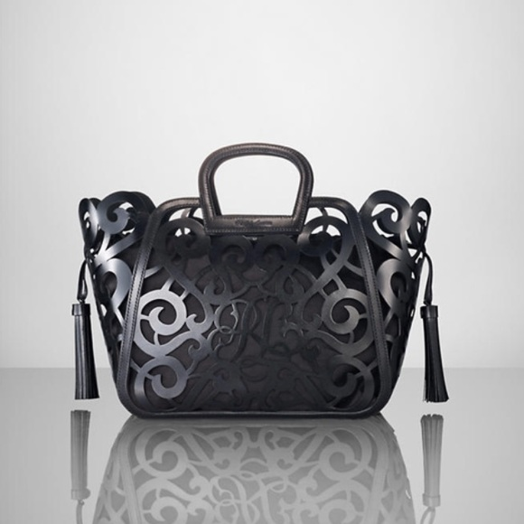 3d7adbeb6a88 ❗️️SALE Ralph Lauren cutout bag. M 54d83cecfbf6f90c81022c04