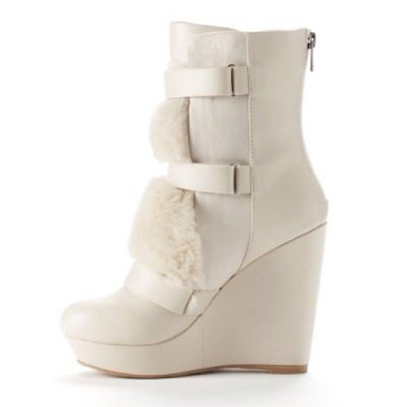 fe00c008363 Juicy Couture Wedge Boots JCAMICAWHITE