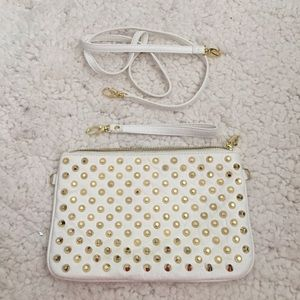 HP 2/15💕Steve Madden Studded Clutch