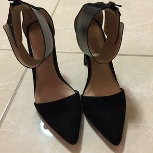 Zara pointed heels