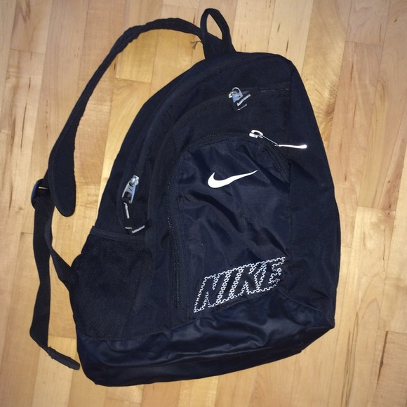 a6369e2307 Buy nike single strap backpack   OFF39% Discounted
