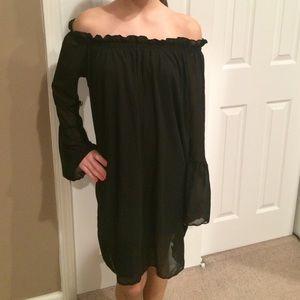 13258e7c6036 Dresses - Black flowy off shoulder dress