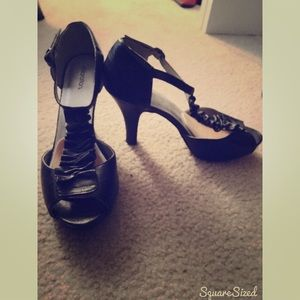 Black Ruffle Ankle Heels