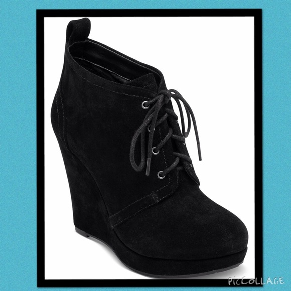 95bfa9934b54 NIB Catcher black Wedge Bootie by Jessica Simpson