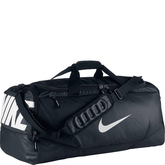 ... NIKE • max air  medium  duffel bag. M 54daa84f78b31c23340347b6 5c38880168ca1