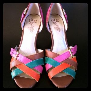 Seychelles Spring Leather Multicolor Sandals