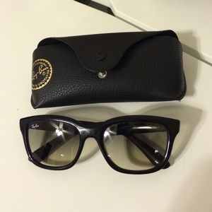 Authentic Ray-Ban ombré Lens Sunglasses with Case