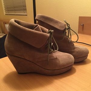 Barely Worn Steve Madden Booties