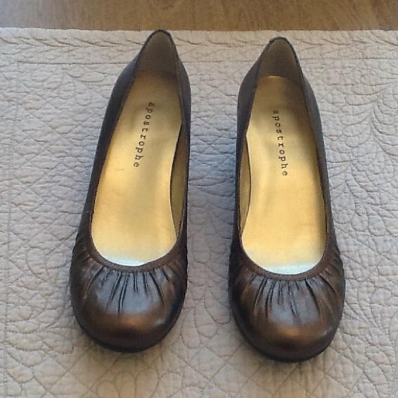 Apostrophe Flat Black Shoes