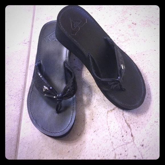 0303cdfae77 ROXY Black Costa Rica Flip Flops