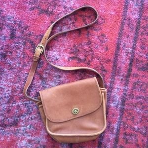Coach Handbags - Vintage Coach Legacy Light Tan Crossbody