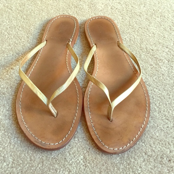 3a1e68bca7a7 J. Crew Shoes - J. Crew gold Capri leather flip flops