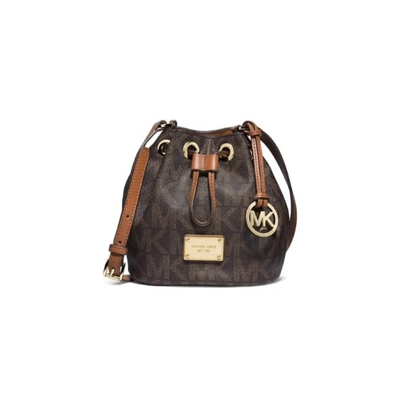 f6d69b920c1e Michael Kors Bags | Jules Leather Drawstring Cross Body | Poshmark