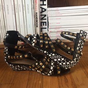 Zara Shoes - Zara Basic  tribal sandals