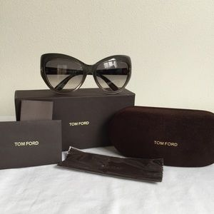FINAL! NIB Tom Ford Bardot Cateye Sunglasses Gray