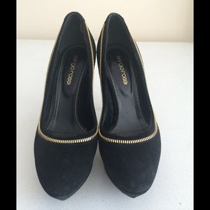 Size 36 Sergio Rossi Black Suede Zipper Pumps