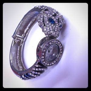 Accessories - Ring stone tiger watch