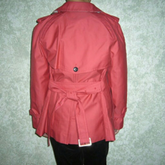 Coach Short Double Breasted Belted Trench Coat Bright Red Size 00 See more like this Tell us what you think - opens in new window or tab Results Pagination - Page 1.