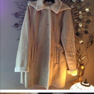 Jackets & Blazers - 💐💐VENEZIA MILANO Faux fur coat💐🌺