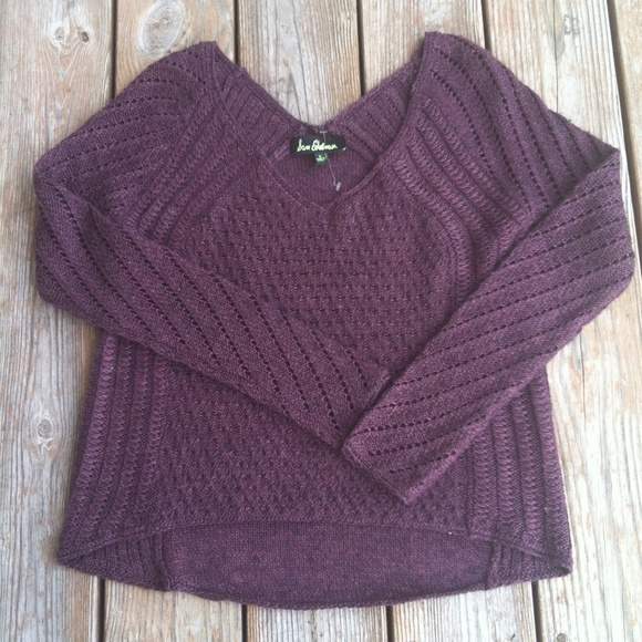 Sam Edelman Sweaters - ⭐️SALE⭐️New Sam Edelman High/low V neck sweater