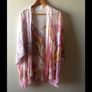 Vintage, pastel butterfly/floral kimono. Sheer