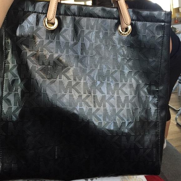 ebd2935117fcee MICHAEL Michael Kors Bags | Shiny Black Mk Tote Bag | Poshmark