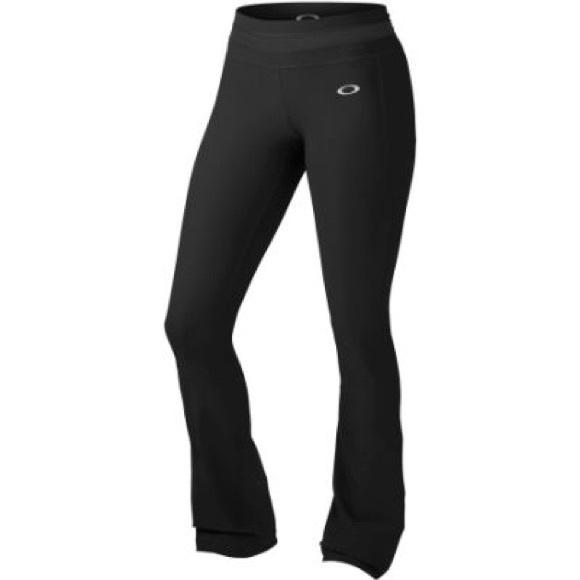Oakley black yoga pants- NWOT! Make offers!