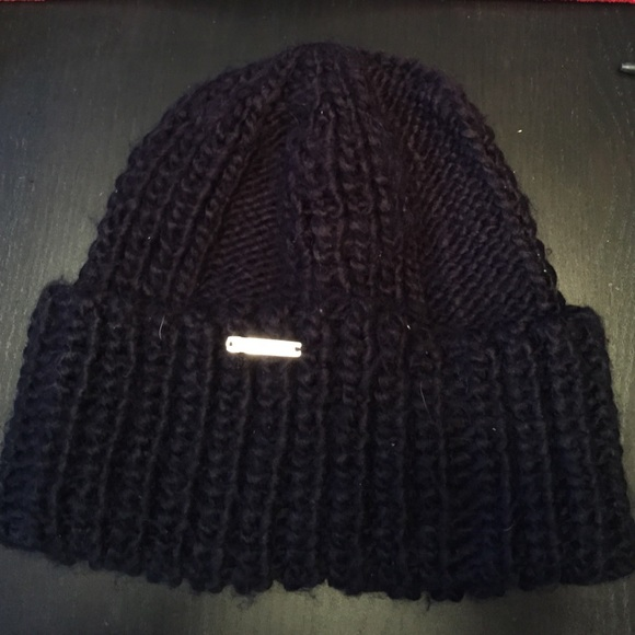 56 off michael kors outerwear michael kors black winter hat from jennette 39 s closet on poshmark. Black Bedroom Furniture Sets. Home Design Ideas
