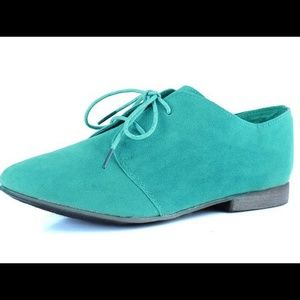 Reduced- Mint loafer HP City Style Party! 2/18
